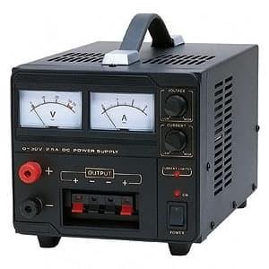 カスタム 【生産完了品】直流安定化電源 アナログ式 出力電圧範囲0〜30V 出力電流範囲0〜2.5A CPS-3025X