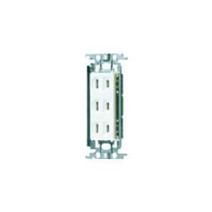 パナソニック 埋込トリプルコンセント 金属取付枠付 15A 125V ホワイト WTF13033WK