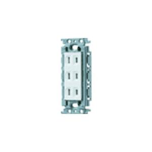 パナソニック 埋込トリプルコンセント 絶縁取付枠付 15A 125V ホワイト WTF13034WK
