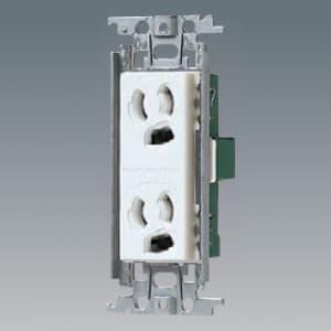 パナソニック 埋込抜け止め接地ダブルコンセント 金属取付枠付 15A 125V ホワイト WTF11623WK
