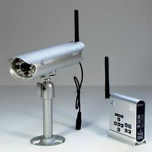 キャロットシステムズ 【生産完了品】無線カメラセット デジタル2.4GHz帯 防滴軒下タイプ IP54相当 壁面取付 AT-2400WCS