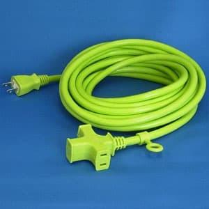 正和電工 トライアングルマルチタップ延長コード 3個口 5m 若草 VCTM-5GN