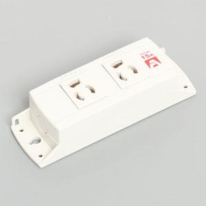 アメリカン電機 マルチユースOAタップ™ コードなしタイプ 抜止形・2ヶ口 接地形2P 15A 125V 圧着端子式 白色 KU1140